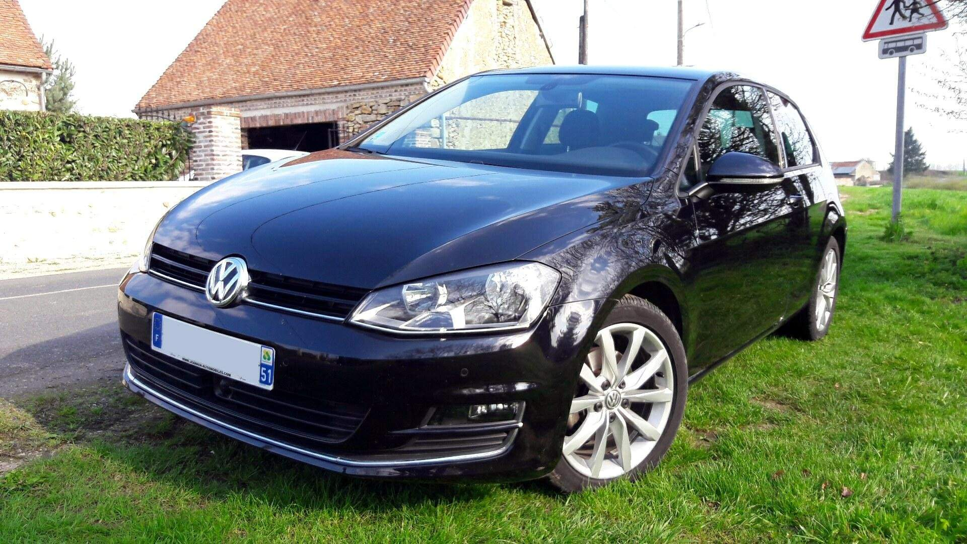 voiture volkswagen golf 2 0 tdi 150 bluemotion carat dsg b occasion diesel 2013 84100 km. Black Bedroom Furniture Sets. Home Design Ideas