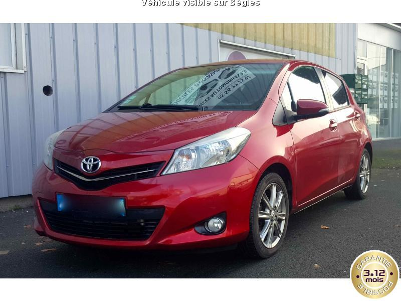voiture toyota yaris occasion diesel 2011 40850 km 9890 b gles gironde 992735428963. Black Bedroom Furniture Sets. Home Design Ideas