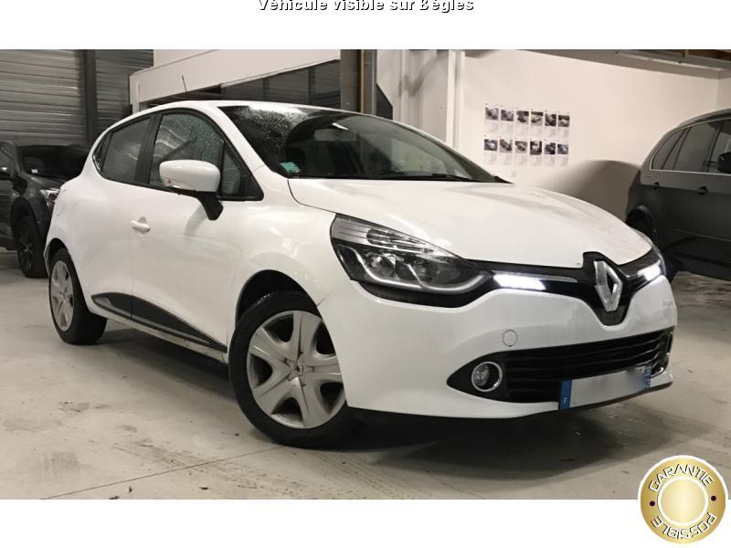 voiture renault clio occasion essence 2014 55000 km. Black Bedroom Furniture Sets. Home Design Ideas