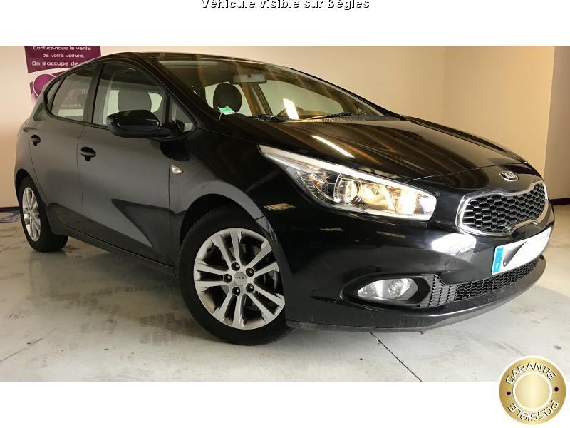 voiture kia ceed occasion diesel 2013 63000 km 11990 b gles gironde 992736145976. Black Bedroom Furniture Sets. Home Design Ideas