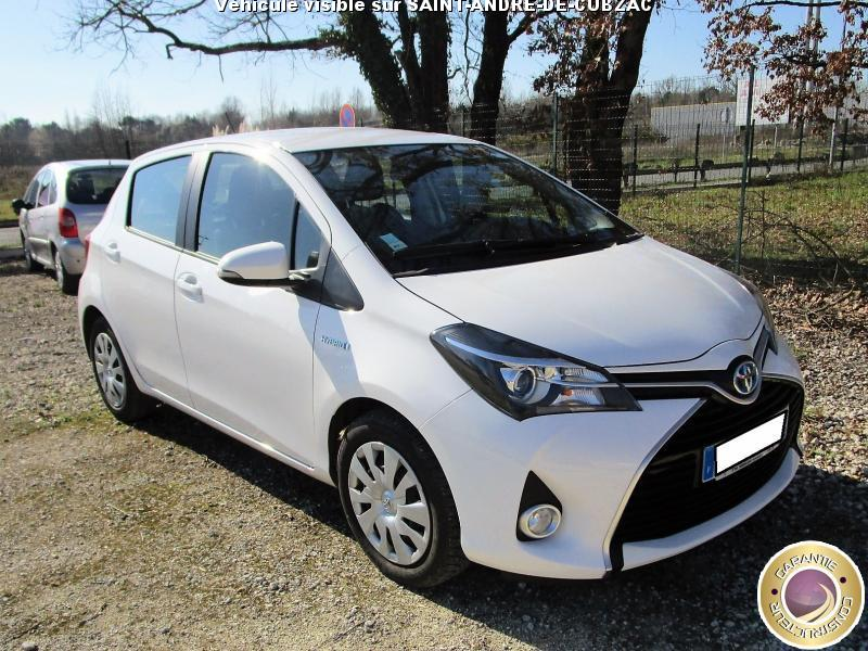 voiture toyota yaris occasion 2015 59000 km 13490 saint andr de cubzac gironde. Black Bedroom Furniture Sets. Home Design Ideas