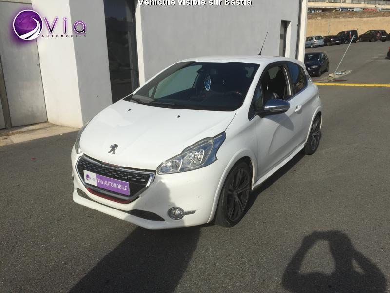 voiture peugeot 208 occasion 2014 37000 km 15990. Black Bedroom Furniture Sets. Home Design Ideas