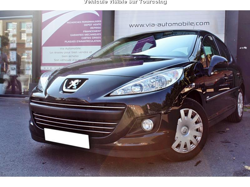 voiture peugeot 207 occasion diesel 2010 121000 km. Black Bedroom Furniture Sets. Home Design Ideas