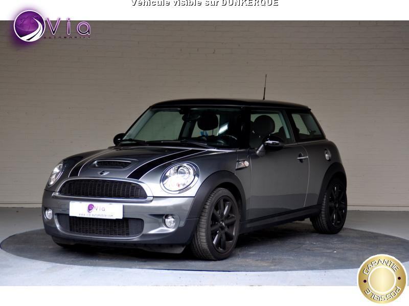 voiture austin mini 184 r56 lci cooper s red hot chili. Black Bedroom Furniture Sets. Home Design Ideas
