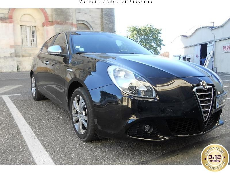 voiture alfa romeo giulietta occasion diesel 2011 108500 km 9990 libourne gironde. Black Bedroom Furniture Sets. Home Design Ideas
