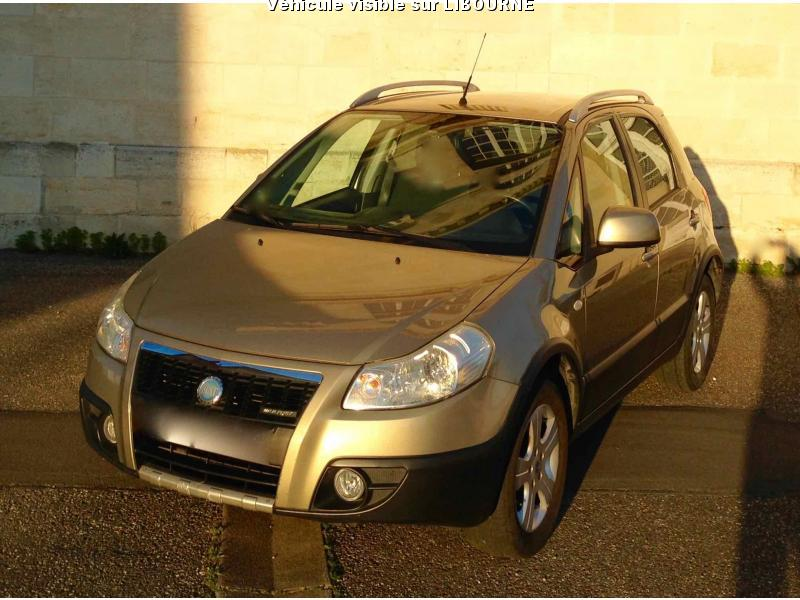 voiture fiat sedici sedici 1 9 multijet 4x4 emotion 4x4 p occasion diesel 2008 150000 km. Black Bedroom Furniture Sets. Home Design Ideas