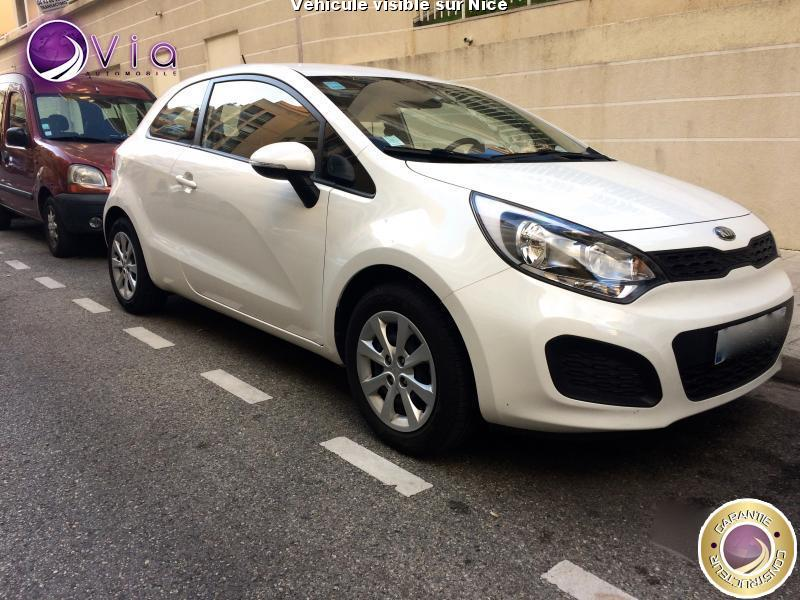 voiture kia rio occasion essence 2013 38000 km 7690 nice alpes maritimes 992735755953. Black Bedroom Furniture Sets. Home Design Ideas