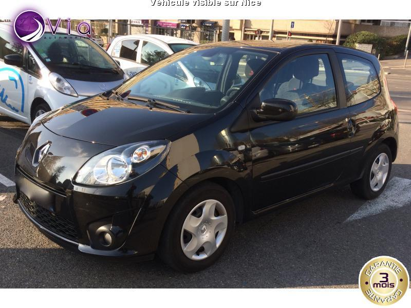 voiture renault twingo ii occasion diesel 2011 39566 km 6990 nice alpes maritimes. Black Bedroom Furniture Sets. Home Design Ideas
