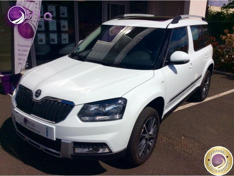 voiture skoda yeti 1 2 tsi 110ch tour de france 1ere main occasion essence 2015 5000 km. Black Bedroom Furniture Sets. Home Design Ideas