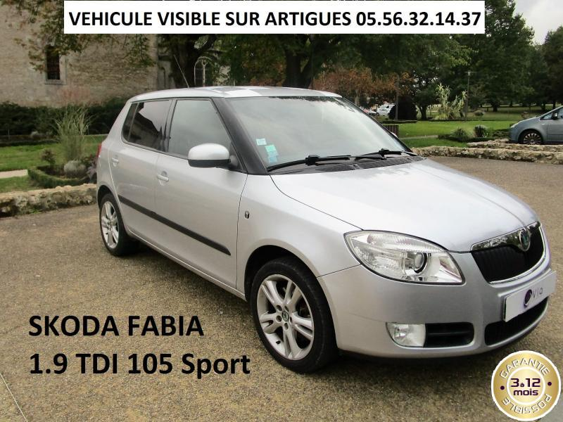 voiture skoda fabia occasion diesel 2009 147000 km. Black Bedroom Furniture Sets. Home Design Ideas