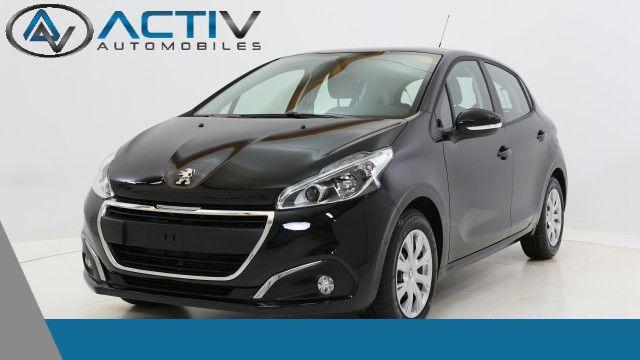voiture peugeot 208 active 1 2 puretech 82ch occasion essence 2017 10 km 14010 laxou. Black Bedroom Furniture Sets. Home Design Ideas