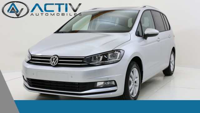 voiture volkswagen touran confortline 7 places 2 0 tdi occasion diesel 2017 10 km 30210. Black Bedroom Furniture Sets. Home Design Ideas