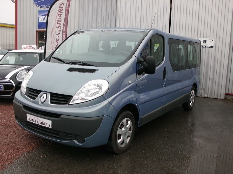 voiture renault trafic occasion diesel 2011 68000 km 15990 aubigny sur n re cher. Black Bedroom Furniture Sets. Home Design Ideas
