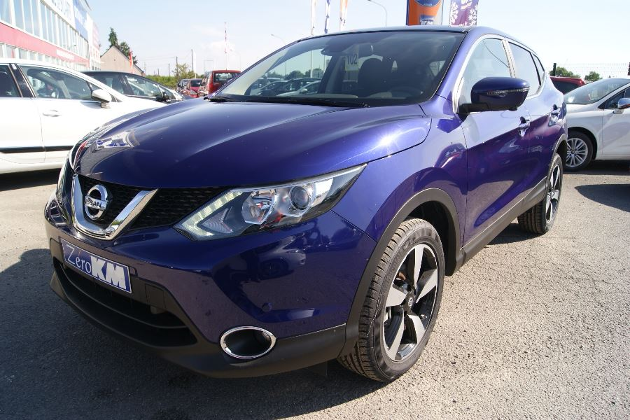 voiture nissan qashqai dig t 163ch 360 occasion essence 2015 10 km 22990. Black Bedroom Furniture Sets. Home Design Ideas