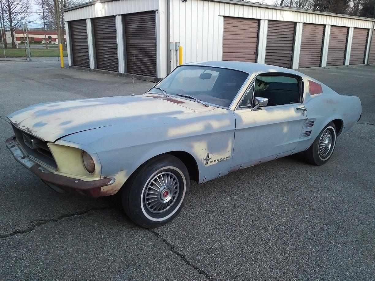 Voiture ford mustang occasion essence 1967 63318 km for Garage ford val de marne