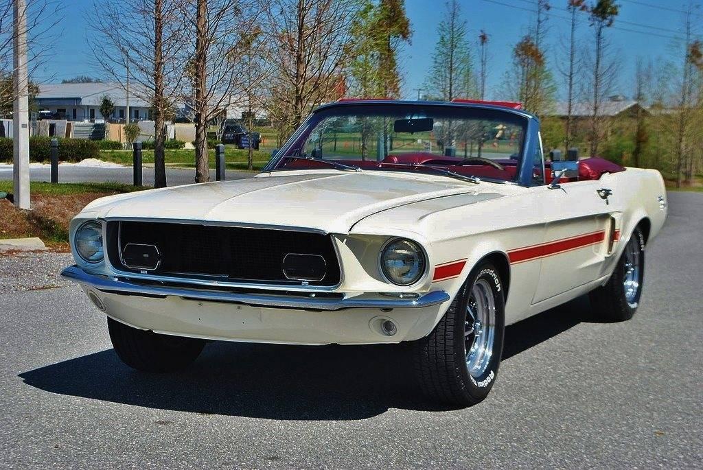 voiture ford mustang 1967 occasion essence 1967 112981 km 45600 vincennes val de. Black Bedroom Furniture Sets. Home Design Ideas