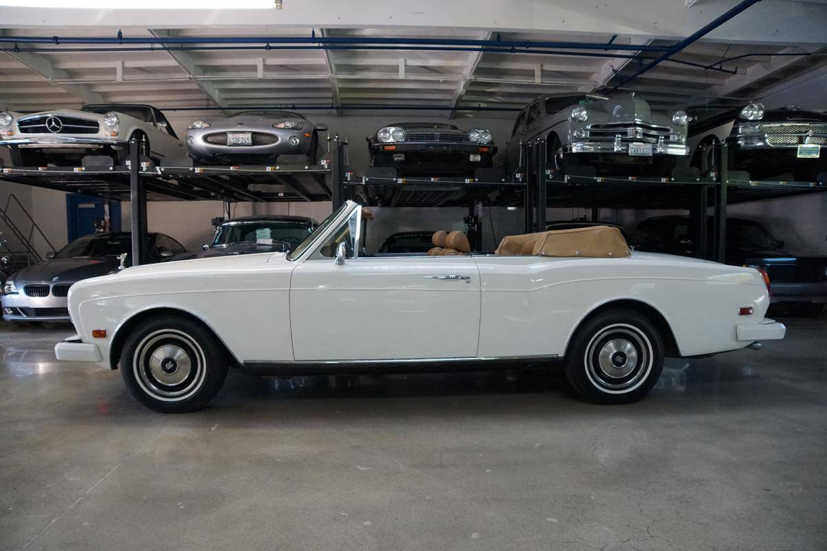 cote auto gratuite rolls royce corniche convertible a 1992 33 cv 106506. Black Bedroom Furniture Sets. Home Design Ideas