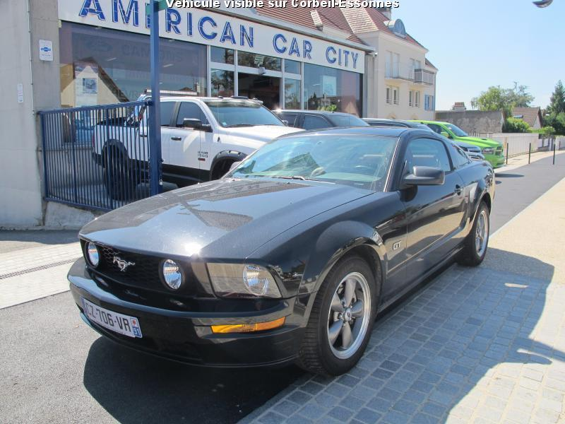 voiture ford mustang gt v8 4 6l bva occasion essence 2005 30500 km 32900 corbeil. Black Bedroom Furniture Sets. Home Design Ideas